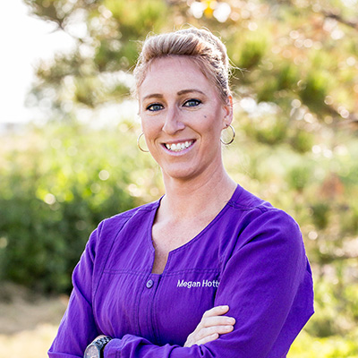 megan-hottell-veterinary-assistant-headwaters-veterinary-hospital-v2